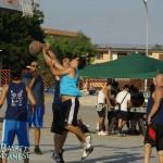 Antronaco ferma un avversario. La sua squadra è stata la finalista; alle sue spalle Panicola, tra i vincitori (Basket Catanese)