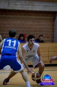 Signorelli tanti recuperi in difesa per l'ex Acibasket