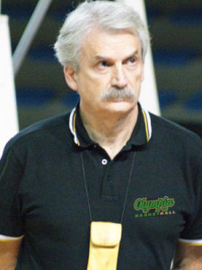 Enzo Porchi, coach dell'Olympia '68 Basketball.