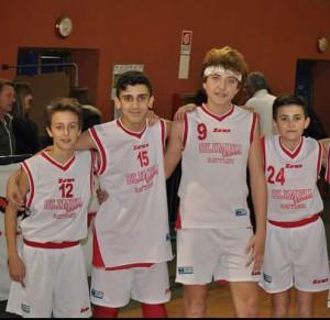 Quattro giocatori dell'Under-13 dell'Olimpia Battiati