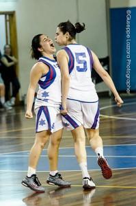 Valentina Parisi e Marzia Ferlito festeggiano in Rainbow-Brindisi (foto G. Lazzara)