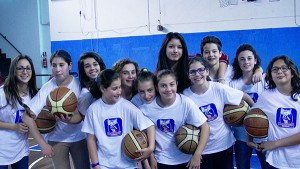 Alcune delle giovani della Rainbow che parteciperanno al Rainbow Camp