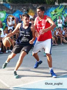 Florio contro Marino al torneo Who's Got Next 2015 (foto Luca Puglisi)