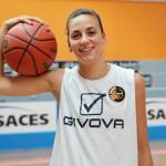 Carolina Pappalardo in maglia Dike Napoli