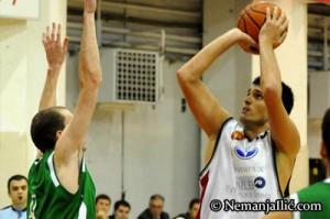 Nemanja Ilić in azione