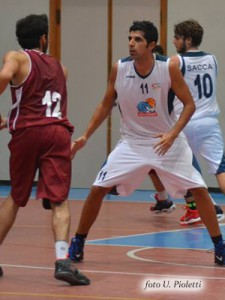 Marino difende su Ricca (foto U. Pioletti)