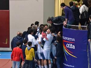 La festa a fine gara (foto U. Pioletti)
